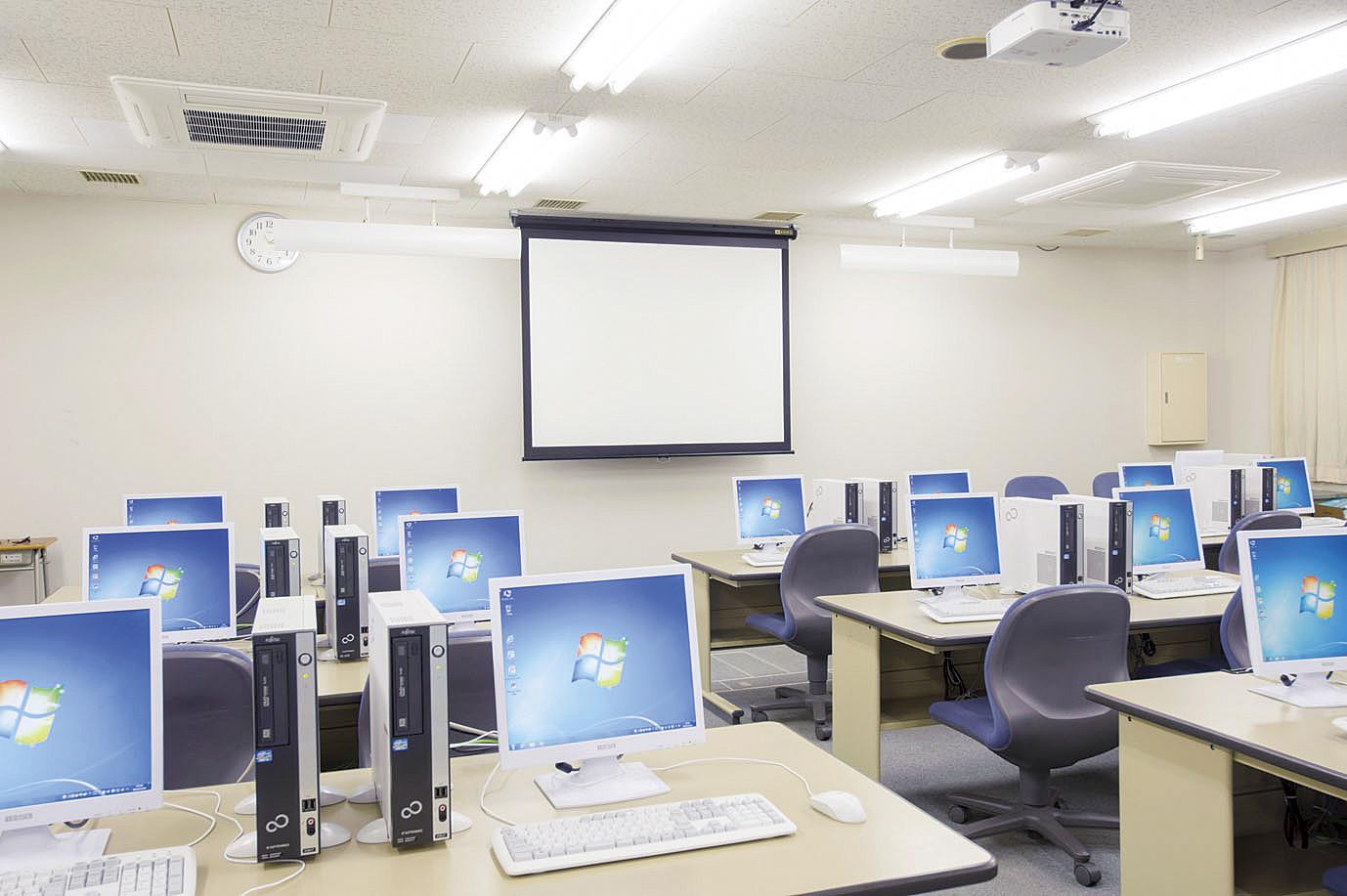 東北外語観光専門学校画像